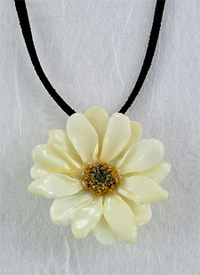 Real Preserved Daisy Pendant