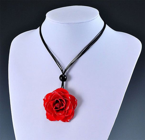Real Red Preserved Rose Necklace
